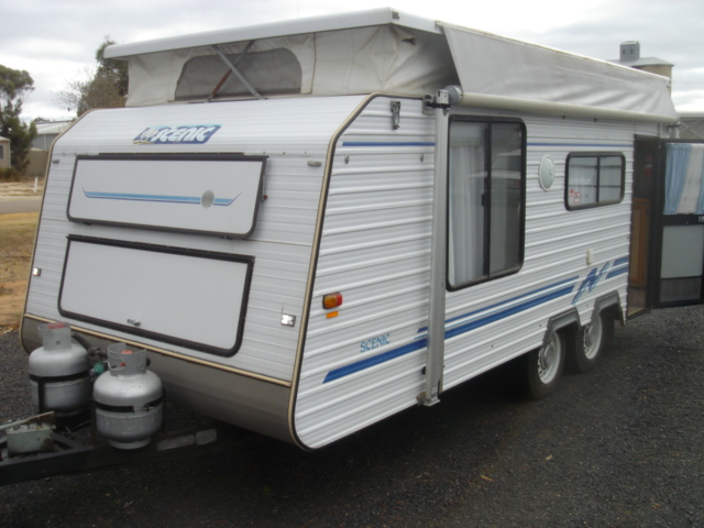 Sold Sold 94 Senic 18ft Twin axel