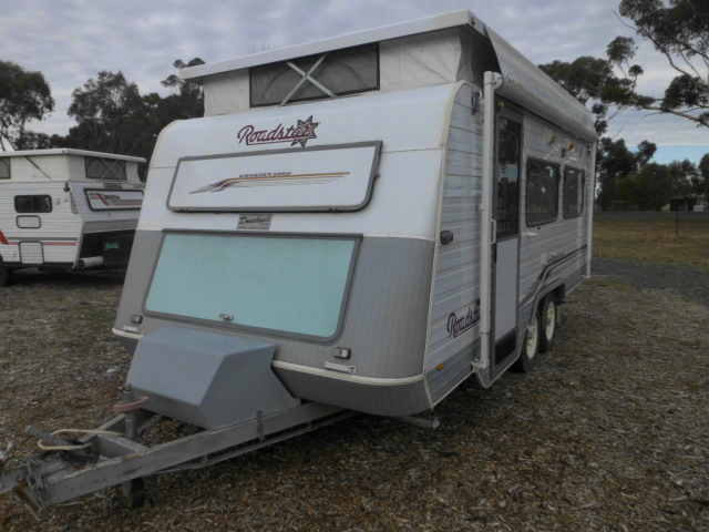 ROADSTAR VOYAGER 5000 CARAVAN by Ansu Leisure
